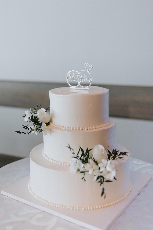 All white wedding cake, Wedding Cake inspiration