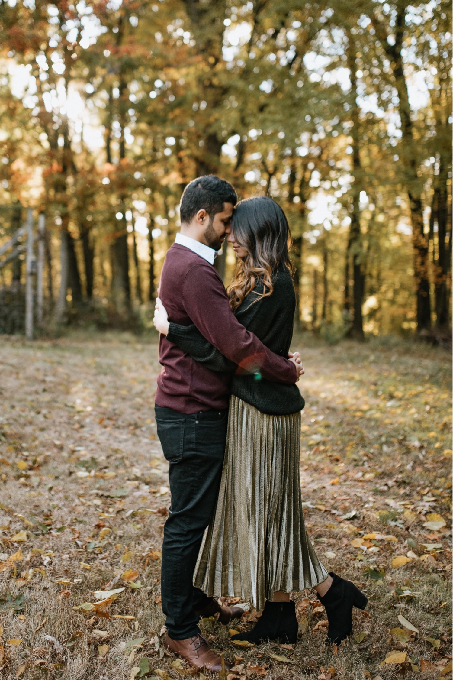What to wear for your engagement photos, tips on how to pick your outfits. Anais Possamai Photography