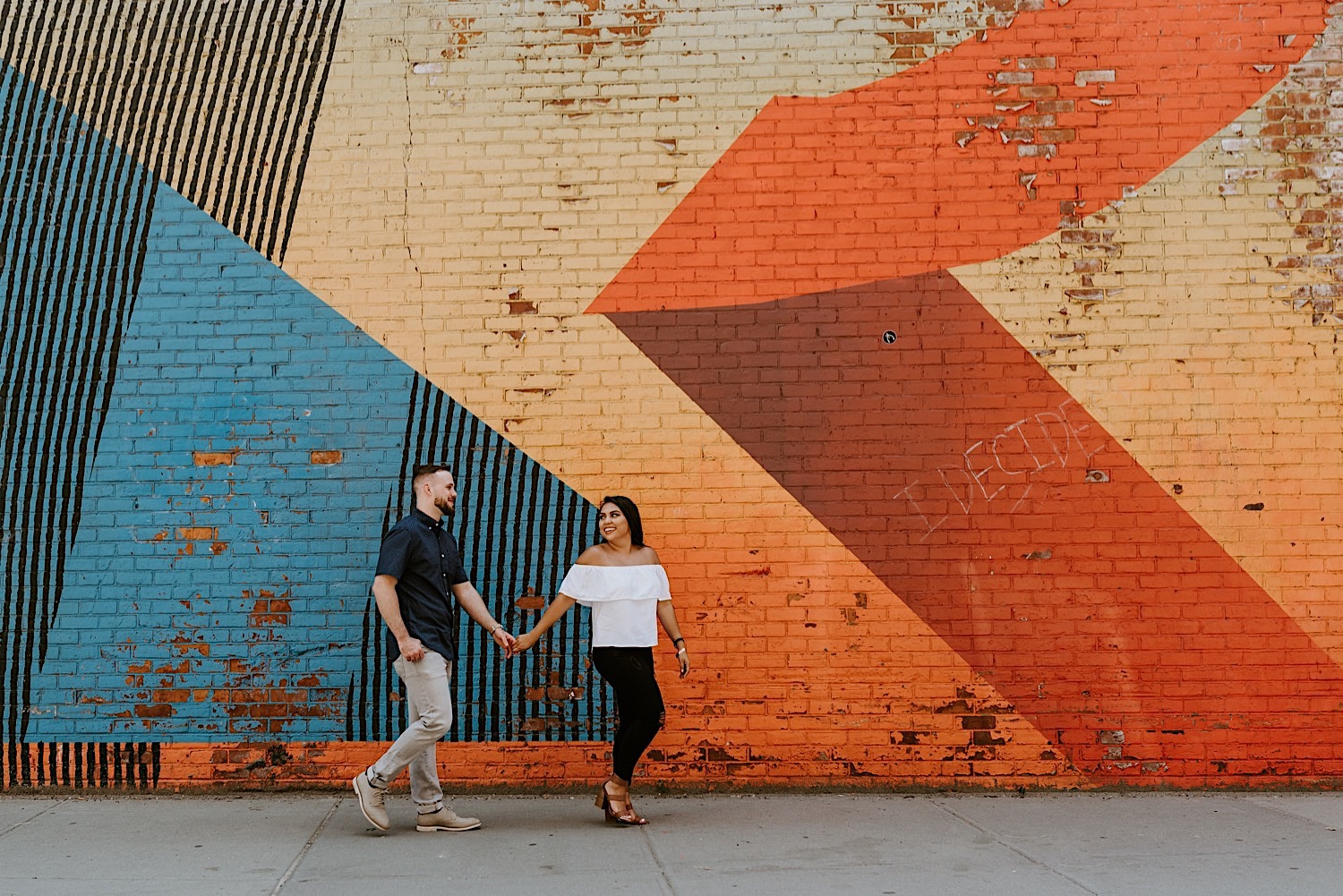 Brooklyn Dumbo Engagement Session Brooklyn Wedding Photographer 04