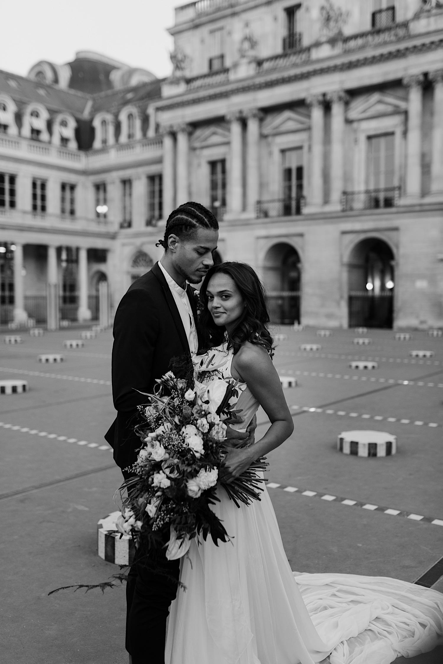 Paris Louvre Wedding Photos Paris Wedding Photographer Destination Wedding France Anais Possamai Photography 19
