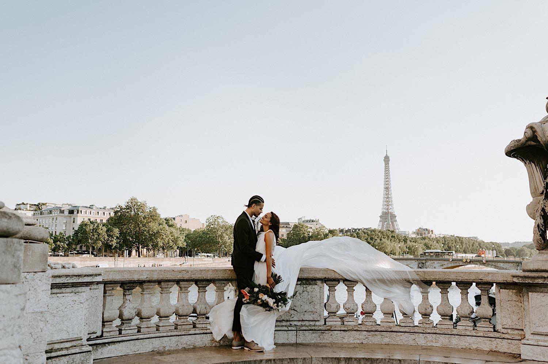 Paris Wedding Photos Paris Wedding Photographer Paris Photographe De Marriage Pont Alexandre Wedding Photos Anais Possamai Photography 15