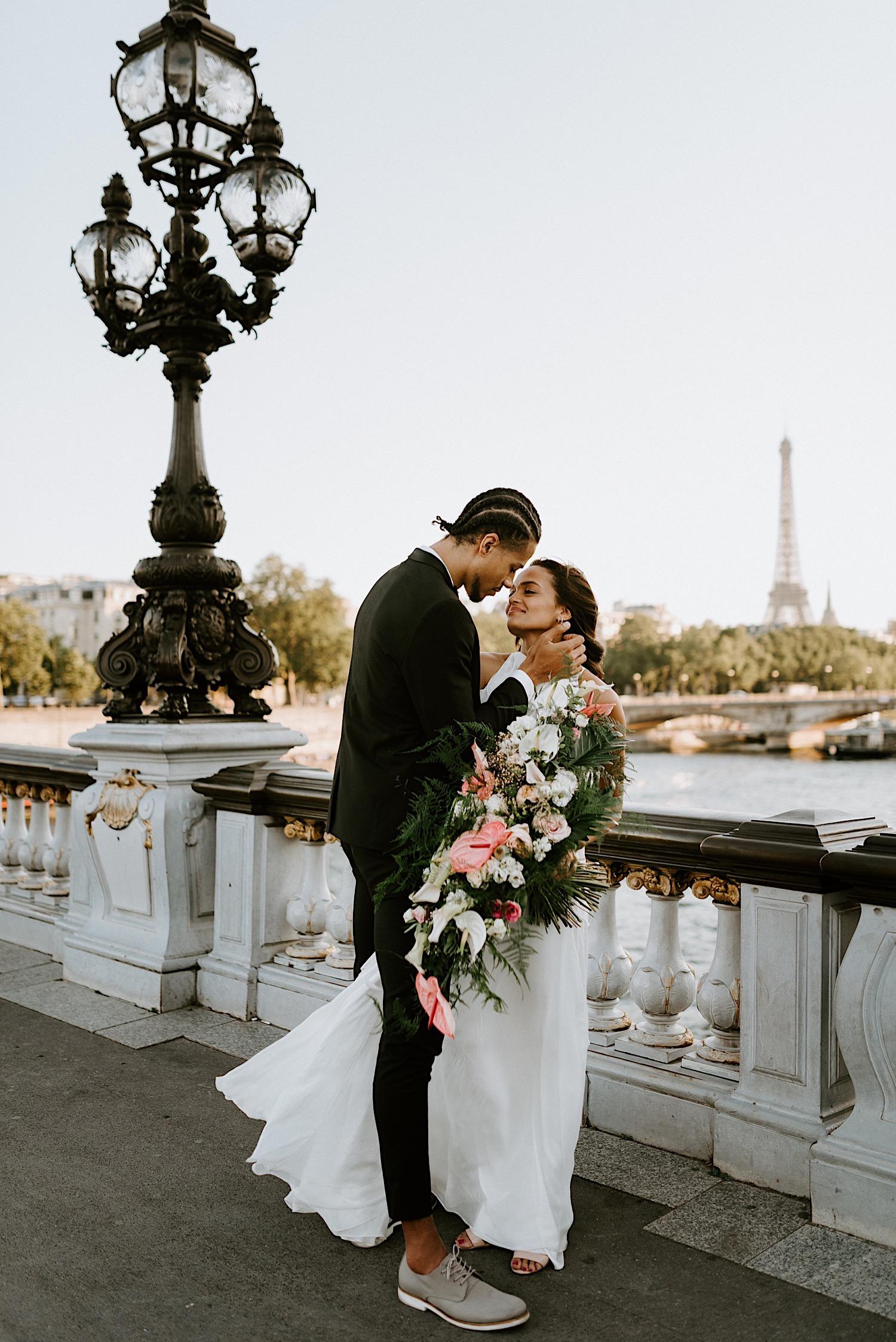 Paris Wedding Photos Paris Wedding Photographer Paris Photographe De Marriage Pont Alexandre Wedding Photos Anais Possamai Photography 27