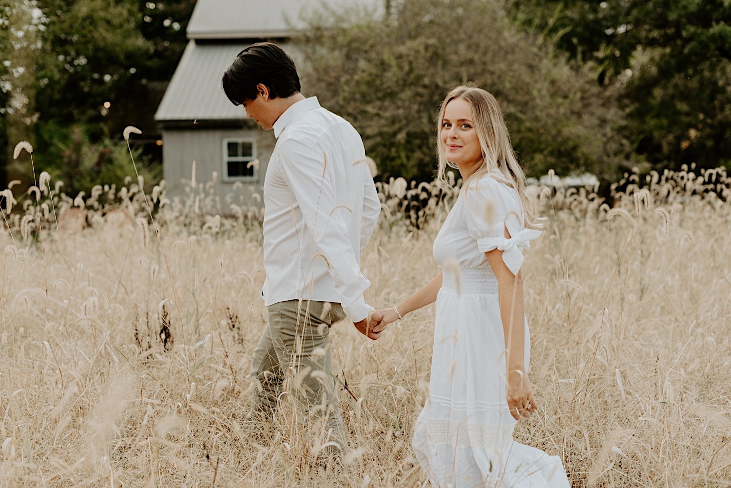 Woolverton Inn Engagement Session Fall Couple Session New Jersey Wedding Photographer 09