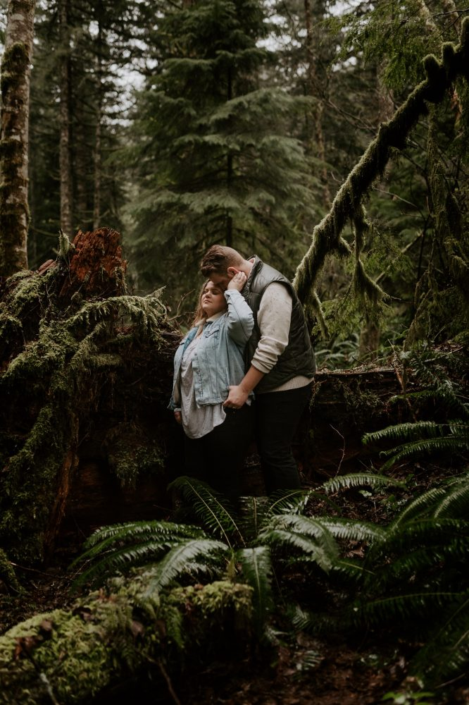 PNW Adventurous Couple Session Oregon Wedding Photographer Portland Elopement Photographer Oregon Forest Couple Session Anais Possamai Photography 011