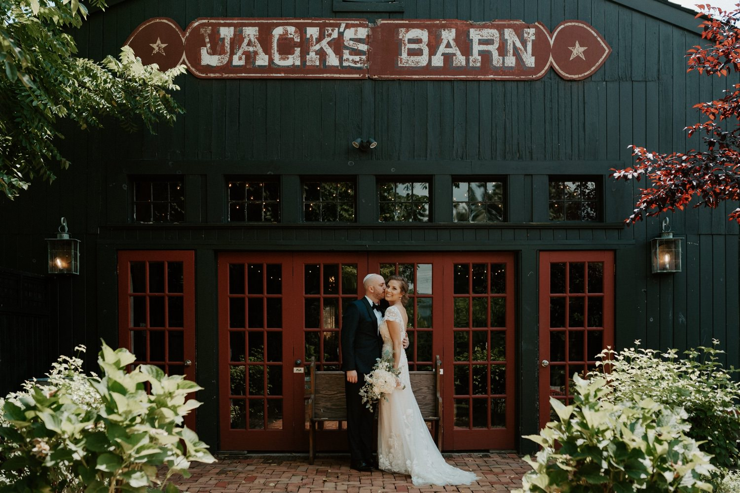 Jacks Barn Oxford New Jersey Wedding New Jersey Wedding Photographer NJ Wedding Venue Rustic Barn Wedding Anais Possamai Photography 020