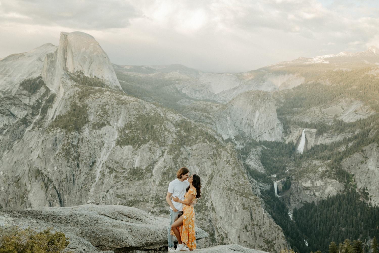 Sunset Yosemite Glacier Point Engagement Session Anais Possamai Photography 25